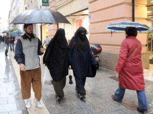Burqa voile international